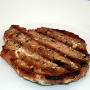 cooked seasoned pork chops